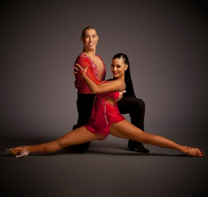 junior-and-emily-salsa-congress-latin-dance-event-show-performer-classes-salsa-classes